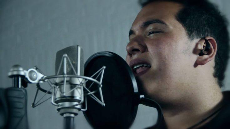 Gilberto Daza - Tengo (Acoustic Sessions) 2011