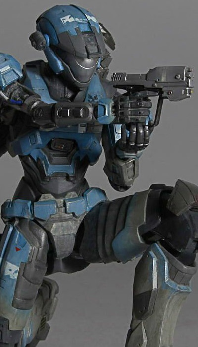 Play Arts Kai - Halo Reach Lieutenant Commander Kat by Square Enix: £44.99 (saving 18% against the RRP)