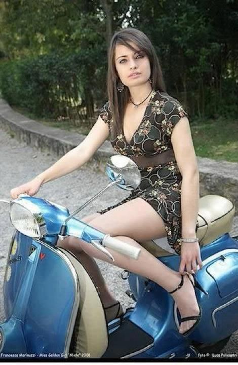 Vespa & Lambretta girls