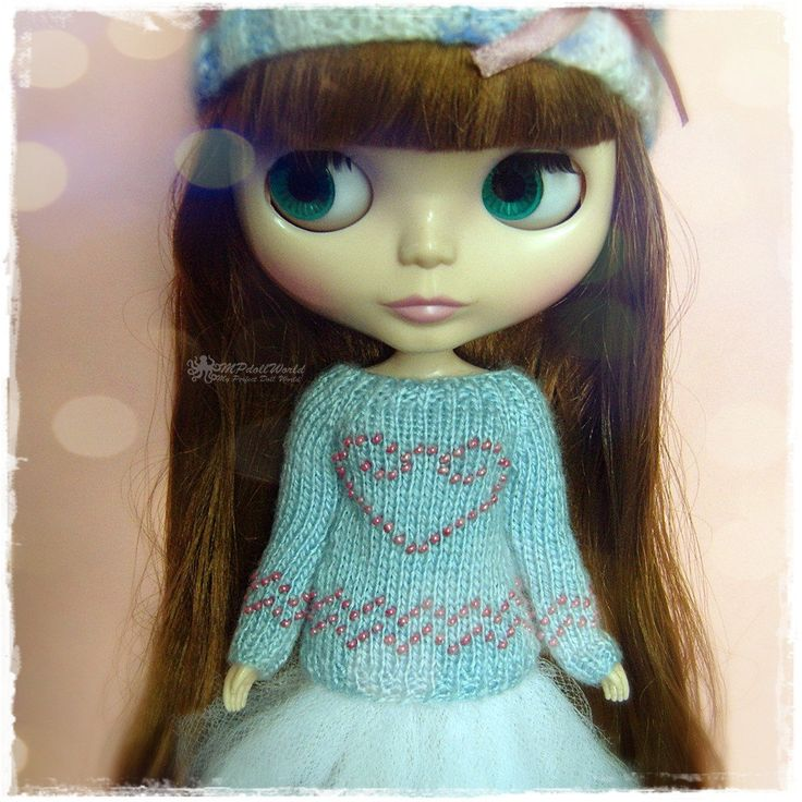 BLYTHE Sweater, Jumper, Pure Neemo, Licca, Takara, Pullip, Dal - Knitted Blue Sweater With Heart #29 by MPdollWorld on Etsy