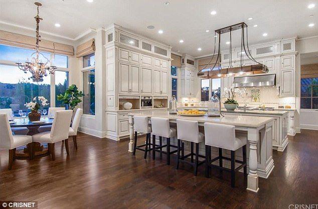 Big Sean Snaps Up Slash S Beverly Hills Estate For 8 7m Luxury