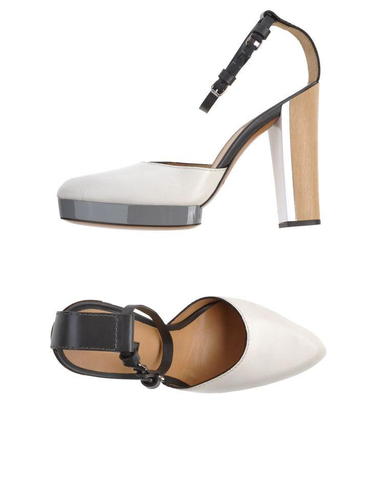 CALVIN KLEIN COLLECTION Décolleté Per donne con caviglie non troppo sottili  For ladies with not-so-skinny ankles