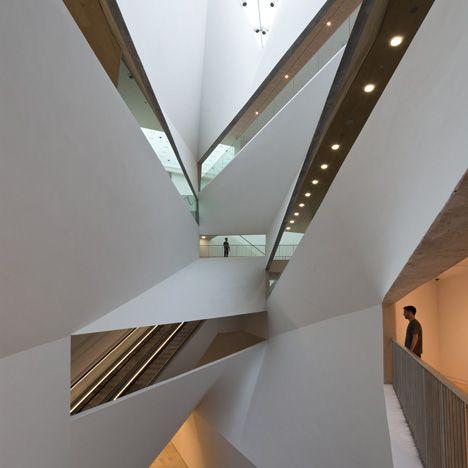 Herta and Paul Amir Building at the Tel Aviv Museum of Art by Preston Scott Cohen.