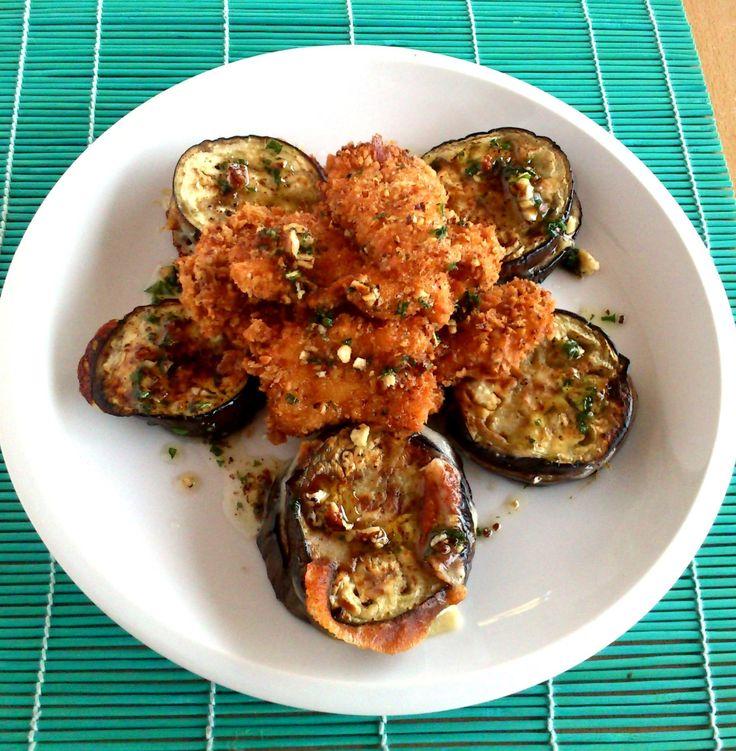Extra crispy chicken bites with cheese-aubergine and sauce with sesam seeds and nuts - Extra ropogós csirkefalatok sajtos padlizsánnal és mogyorós szezámmártással.jpg