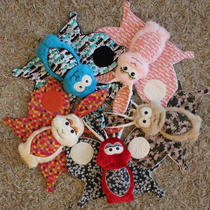 Les Watinobizzz sont des lapinpillons tout mignons :) Des pièces uniques cousues à la main avec amour !