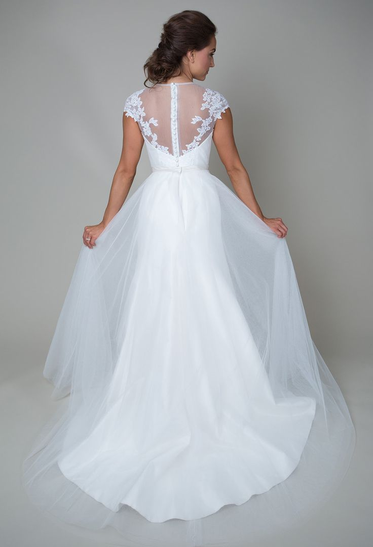 64 best Wedding - Gown images on Pinterest | Short wedding gowns ...