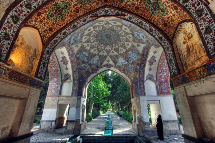Iran | Fin Garden - Kashan, UNESCO WHS, Persian gardens. credit: ali reza_parsi. view on Fb https://www.facebook.com/SinbadsIranPocketGuide  #MyIran #Iran #Persia  #TravelToIran #travel #worldheritagesite