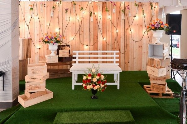 Rustic wedding that celebrates Malay culture. Click for the full real wedding feature at SingaporeBrides.