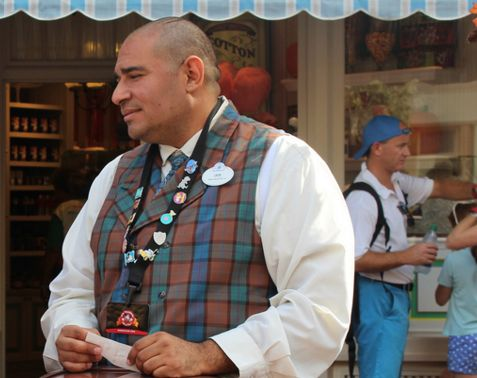 While the simple act of trading pins with a Cast Member is easy to grasp, the finer points leave a lot to be explored.
