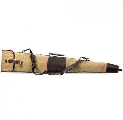 BARON   SHOTGUN SLEEVE   215€  This elegant shotgun case is made of water repellent canvas and has details in waxed leather. Case's main compartment is padded to protect your rifle and is lined with checkered fabric. There is an external pocket and a detachable shoulder strap. Find more accessories for men at http://detailsforhim.se #mensfashion #men #accessories #fashionformen #hunting