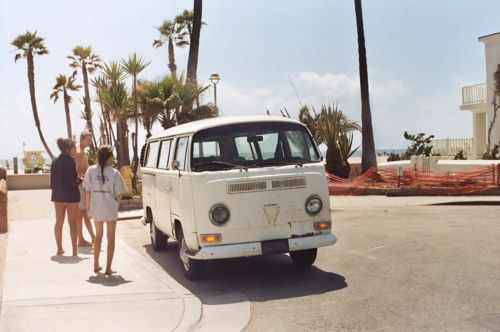: At The Beaches, Old Schools, Go Girls, Close Friends, Vw Bus, Roads Trips, Vintage Travel, Vw Vans, Volkswagen