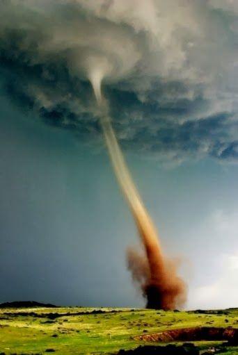 Macam Macam Bencana Alam di Indonesia | Artikel Bencana Alam | Berikut ini adalah macam bencana alam yang sering terjadi di Indonesia.... #macamacam #bencanaalam www.MacamMacamm.blogspot.com