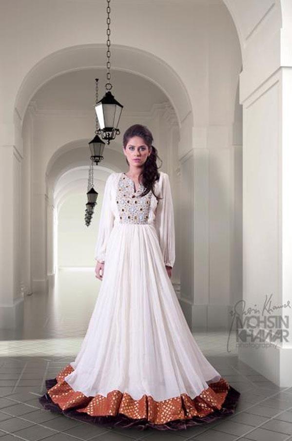 Abaya, bisht, kaftan, caftan, jalabiya, Muslim Dress, glamourous middle eastern attire