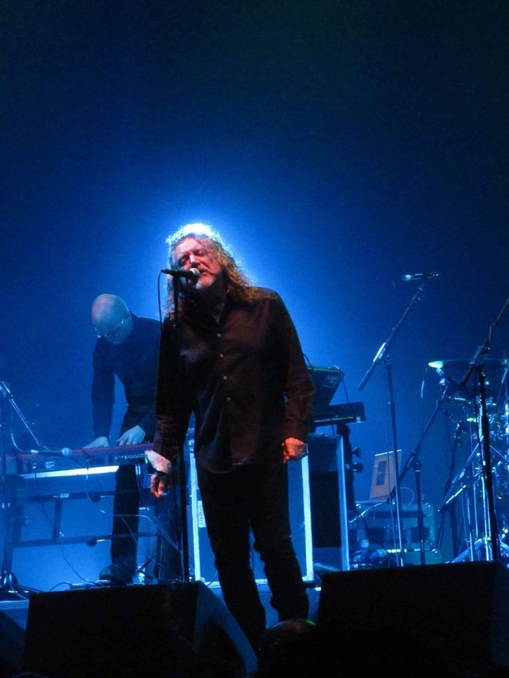 Robert Plant @ The Manchester Apollo, Manchester, England October 29th, 2013 The Sensational Space Shifters Tour.