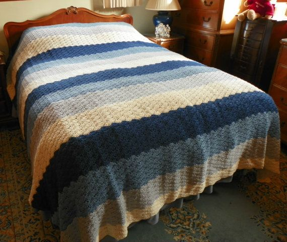 Queen Sized Shell Pattern Crochet Bedspread Crochet