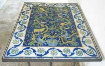 Painel usado como tampo de mesa - museu do açude