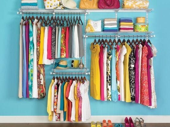 Cris Felix Com que roupa eu vou: Decorando: Como organizar um closet simples = closet aramado