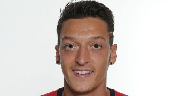 Video: Mesut Ozil – welcome to Arsenal