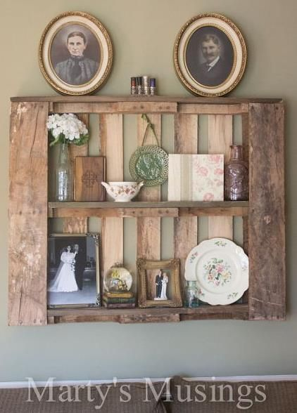 How to Decorate with Pallet Shelves!