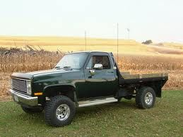 1985 chevy truck with flatbed