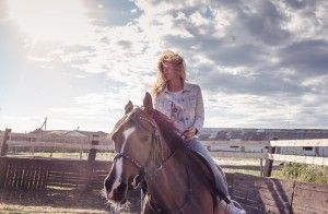 Slim without sports? It is possible. Horse Riding is a great alternative for those who do not want to suffer in fitness clubs. You can get the lion's share of fun and relaxation.