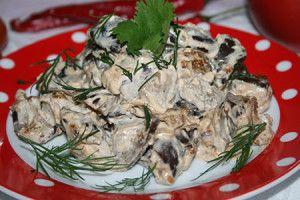 Баклажаны тушеные в сметане с грибным вкусом