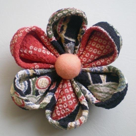 Japanese Kimono Flower Brooch Chirimen crepe Black by tagodesign