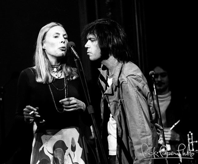 joni mitchell and neil young