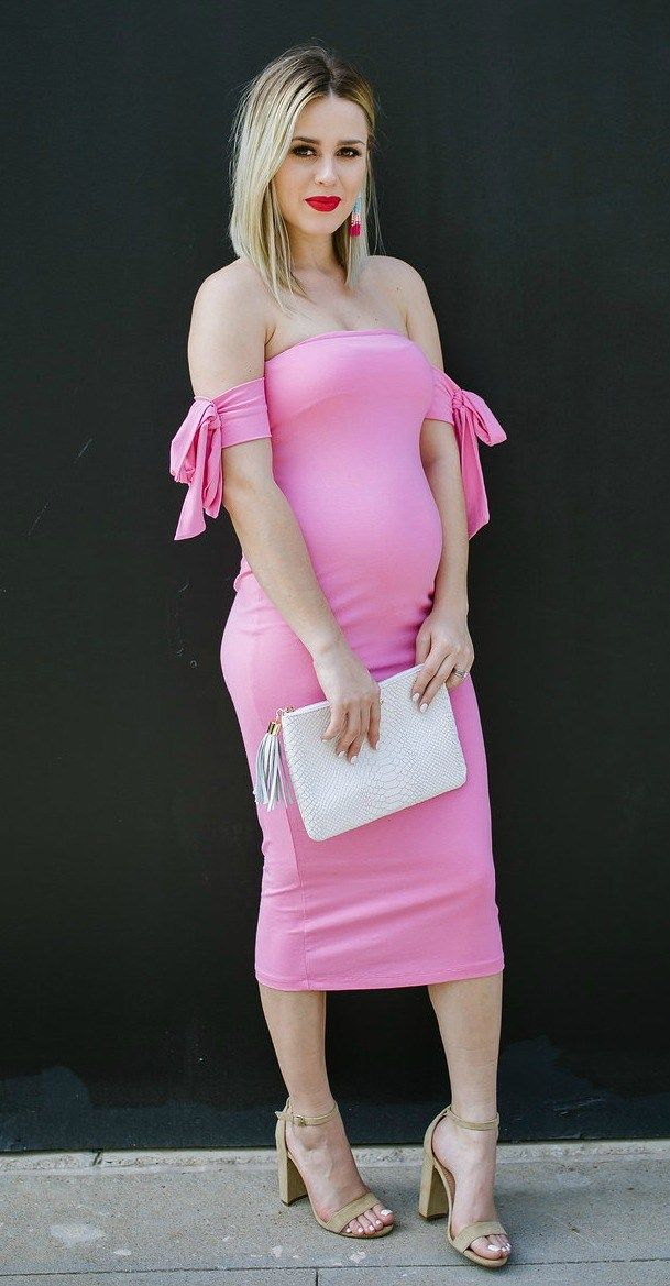 Pink Dress | Maternity Dress | Maternity outfit | Uptown with Elly Brown