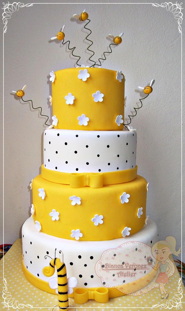 Maquete de bolo abelhinhas.