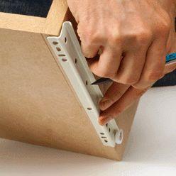 Conseils pratiques bricolage sur Quincaillerie d'ameublement : monter une coulisse à galets (Décoration - Mobilier)