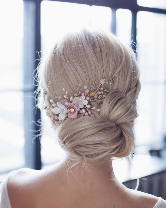 Wedding comb with flowers, pink glass beads, pearls