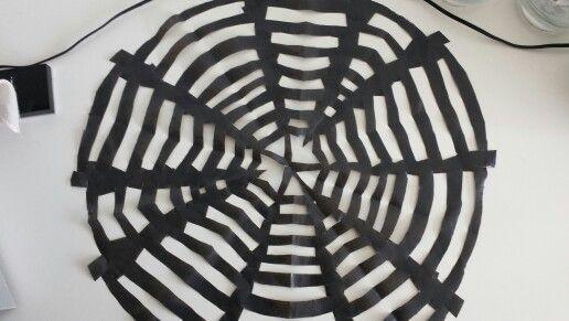 Edderkoppespind ud af en affaldssæk
