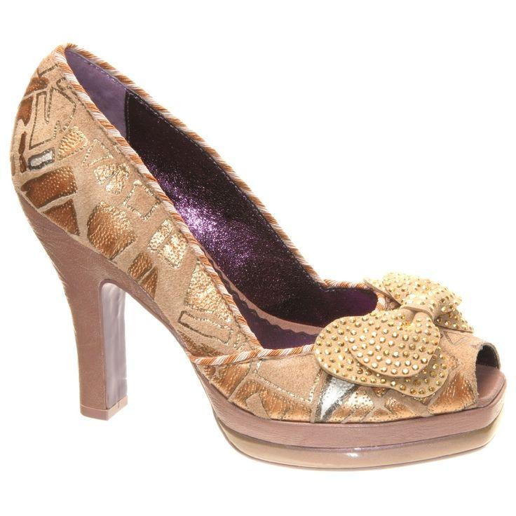 2ed1e1fd764a8ebaf9be54eba1004c2f--unique-heels-peek-a-boos.jpg