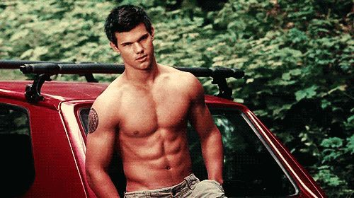 Pin for Later: Celebrate Summer With 23 Shirtless, Beachy, and Bikini-Filled GIFs Taylor Lautner, The Twilight Saga: Eclipse