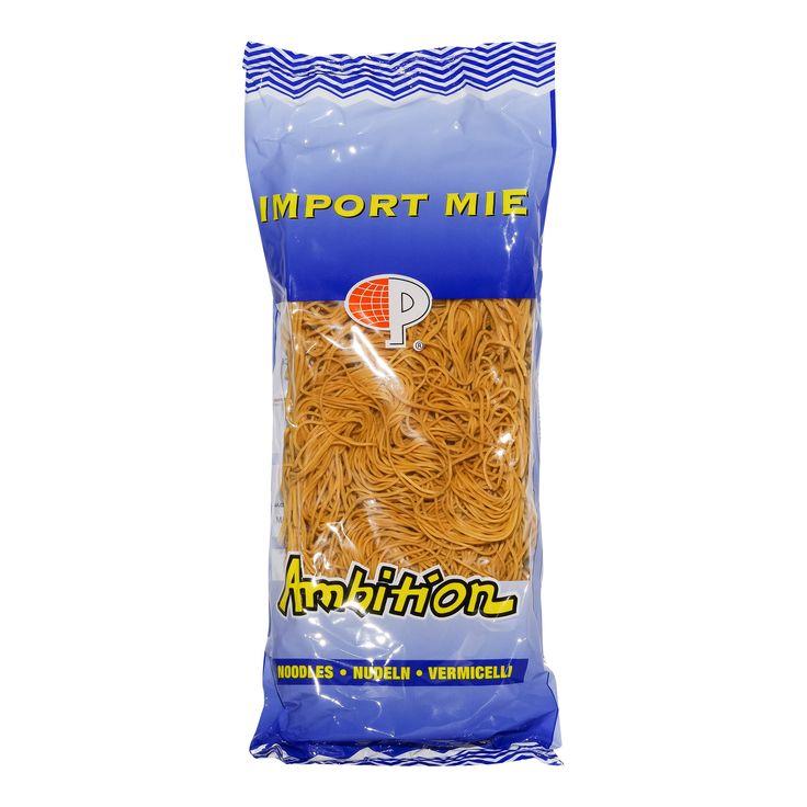 Ambition Import Mie Noodles  Ambition Import Mie Noodles - Chow Mein woknoedelsDe Import Mie Noodles van Ambition is een product uit Thailand en heeft een inhoud van 454 gram. Deze Chow Mein woknoeddels is perfect om te roerbakken en hoeft maar enkele minuten gekookt te worden in heet water. Zie verpakking voor meer informatie over de juiste bereiding ervan.Eenmaal afgekoeld blijft hij lekker 'al dente' en je kunt het variëren met verschillende knapperige verse Chinese groenten. Klik hier…