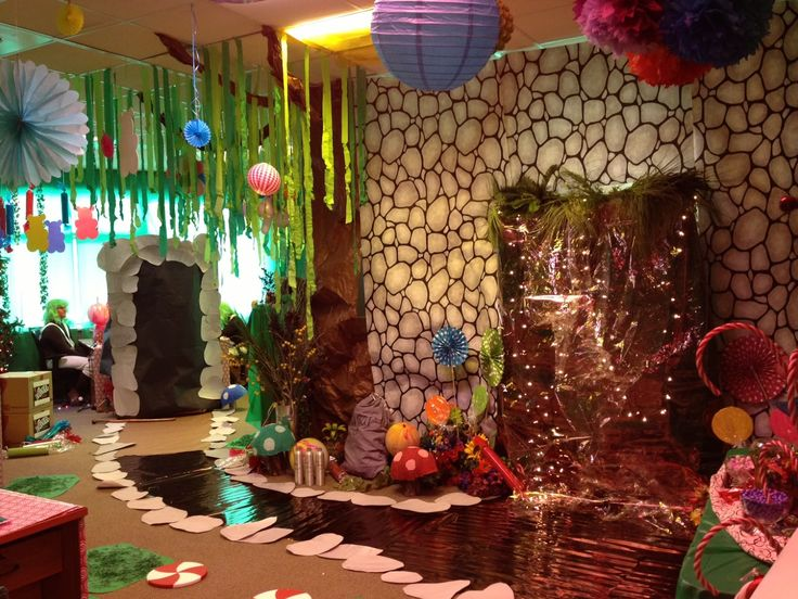 Decorating For A Party 46 best willy wonka theme event images on pinterest   chocolate