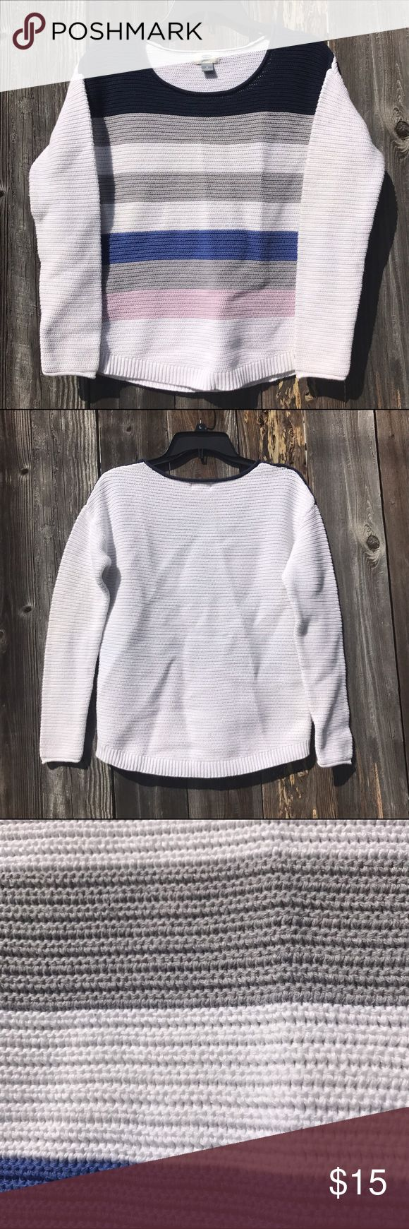 New Ild Navy Wide Stripe Sweater Great sweater for Spring. In great gently used condition. Old Navy Sweaters Crew & Scoop Necks