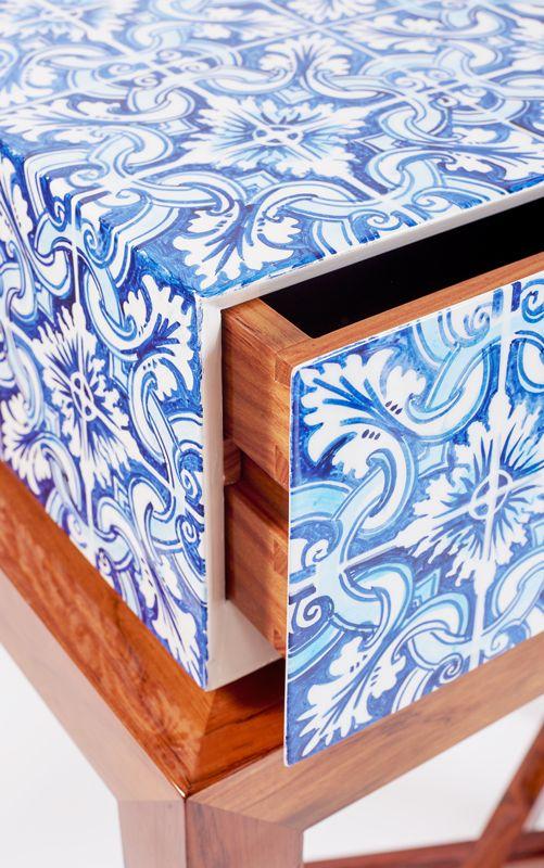 Guilty Side Table Detail www.bateye.com #bateye #bateyecollection #bateyepieces #luxury #luxuryfurniture