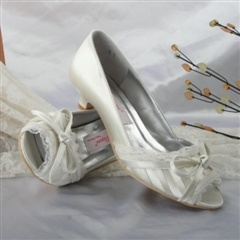 Peep Toe Bowknot FlatsClothing Upper, Attraction Clothing, Toes Bowknot, Mid Heels, Low Heels, Wedding Shoes, Bridal Shoes, Upper Mid, Peep Toes
