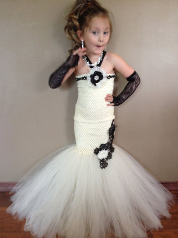 Hey, I found this really awesome Etsy listing at https://www.etsy.com/listing/126611717/ivory-and-black-lace-fit-and-flare-tutu