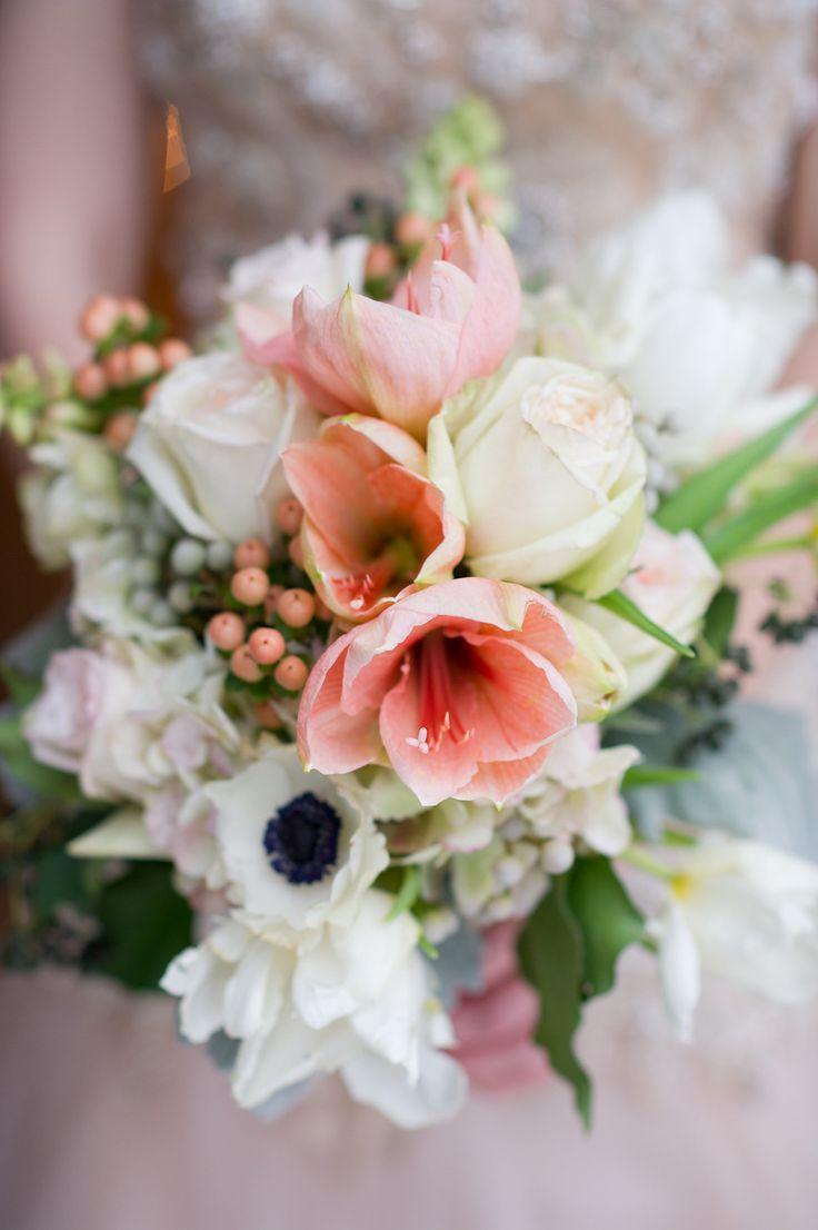 Die besten 25 amaryllis hochzeit bouquet ideen auf for Amaryllis en bouquet