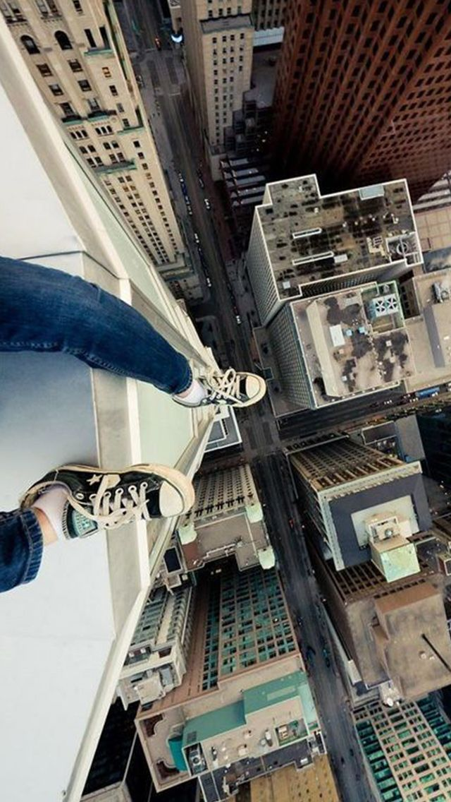 Hanging Above New York Feet In Air iPhone 5 Wallpaper