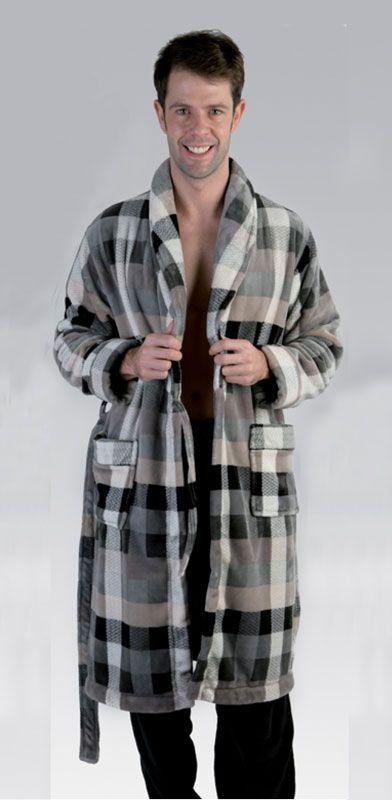 #Bata Pettrus Man Polar hombre - Bata hombre en tejido polar Coralina. características únicas: no pesa, es muy suave y agradable - Muy caliente. #ropaInterior #modahombre #BatasHombre #pettrusMan http://www.varelaintimo.com/39-batas