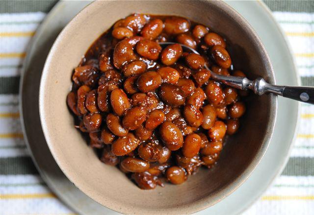 Vegetarian baked beans from http://awaytogarden.com/recipe-baking-up-some-heirloom-beans. Vegan* (Update: These are good but taste like BBQ beans).