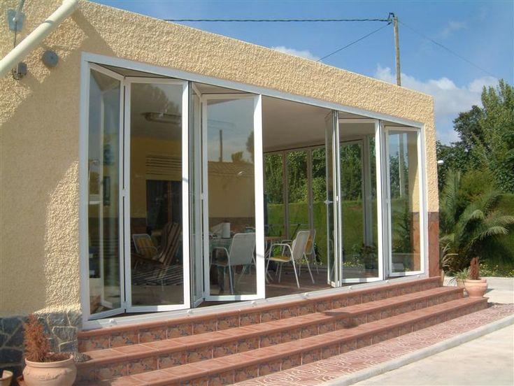 ventana plegable en Alumisol