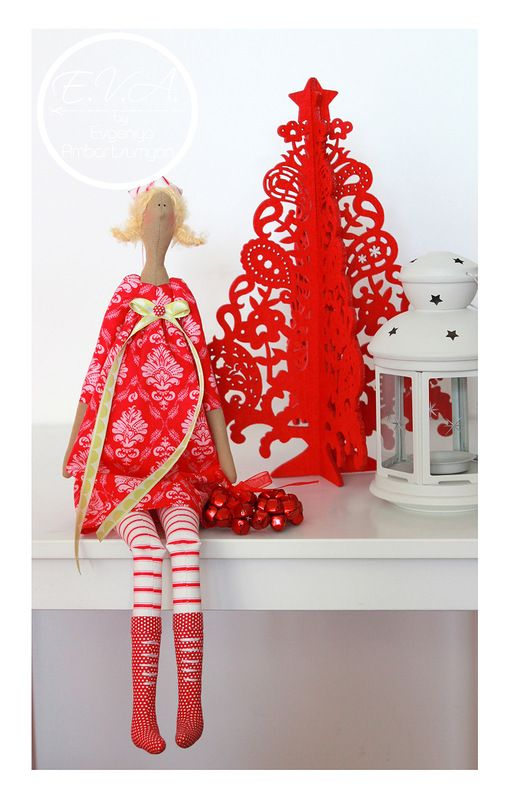 тильда red dressed Christmas doll