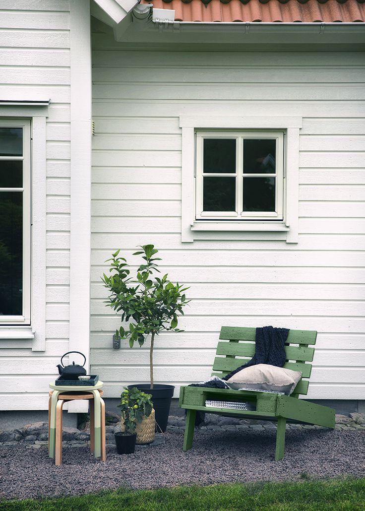 SOLSTOL Sæt dit eget personlig præg på din solstol! Se her hvor nemt det er: http://www.pinotex.dk/inspiration-farver/den-alsidige-palle/laenestol/
