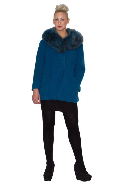 Here's our gorgeous model Chelsea wearing a vintage turquoise wool coat with fur collar. Find it at the Designer Backroom Sale Oct 25-27