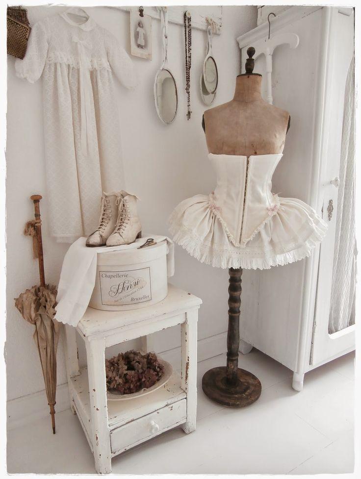 212 best dress forms images on pinterest. Black Bedroom Furniture Sets. Home Design Ideas